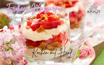 Erdbeeren-Mascarpone mit Hanf-Cracker